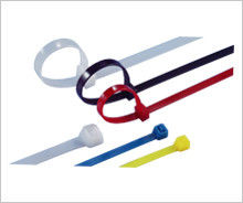 China Releasable Nylon Industrial Cable Ties Multi Colored For Wire Locking supplier